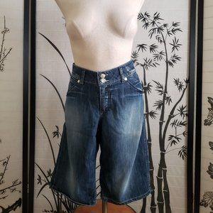 [H&M] Dark Blue Flap Pocket Bermuda Shorts Size 33